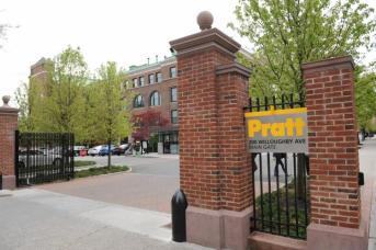 Pratt_Willoughby_Main_Gate